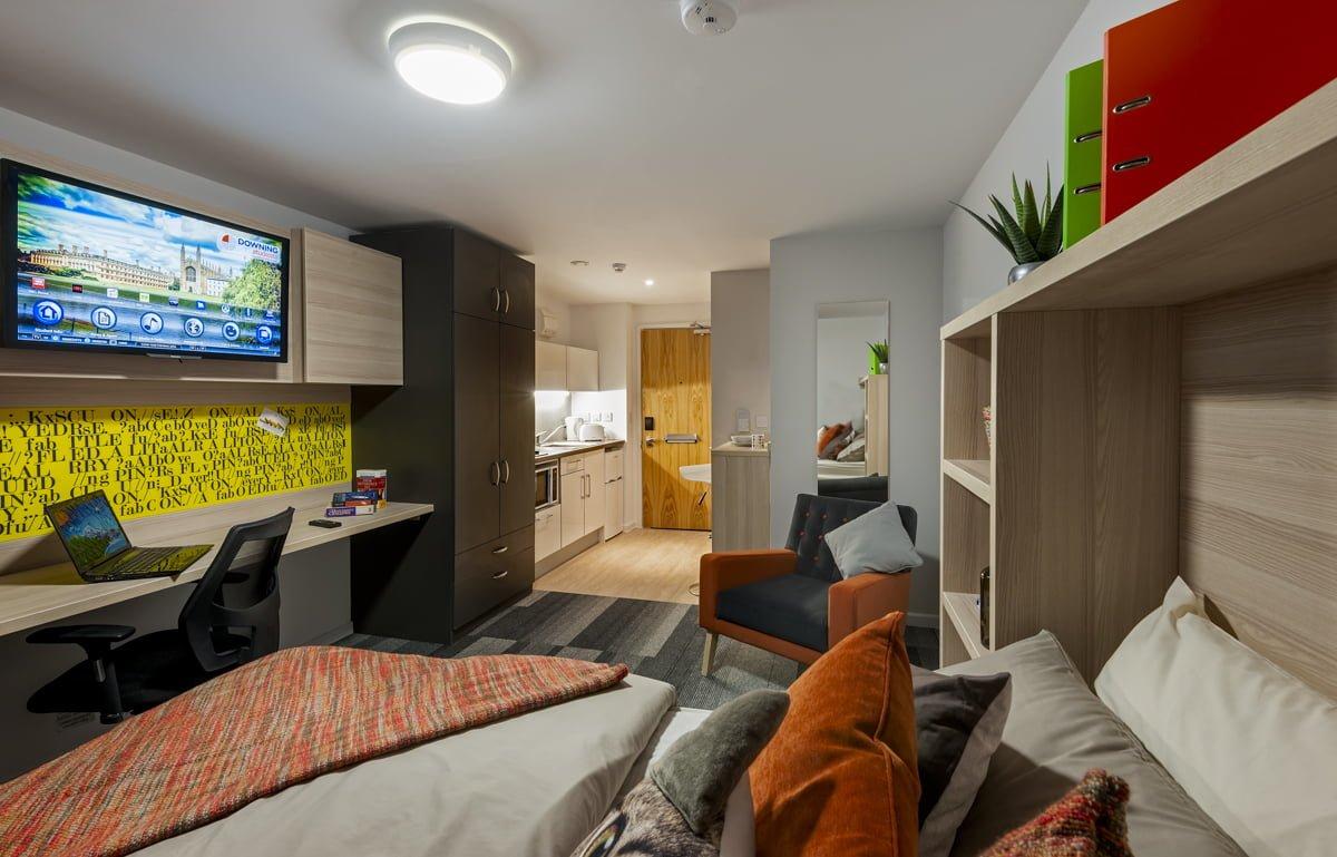The Railyard Studio Apartment Gold